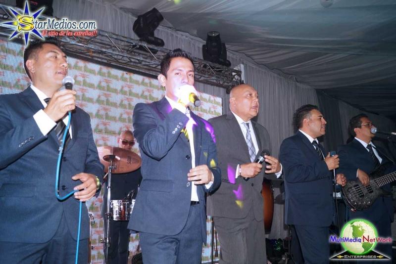 Angel Venegas y su Orquesta con Sabor